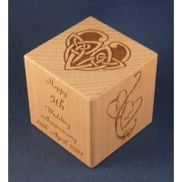 Engraved wooden memory cubes